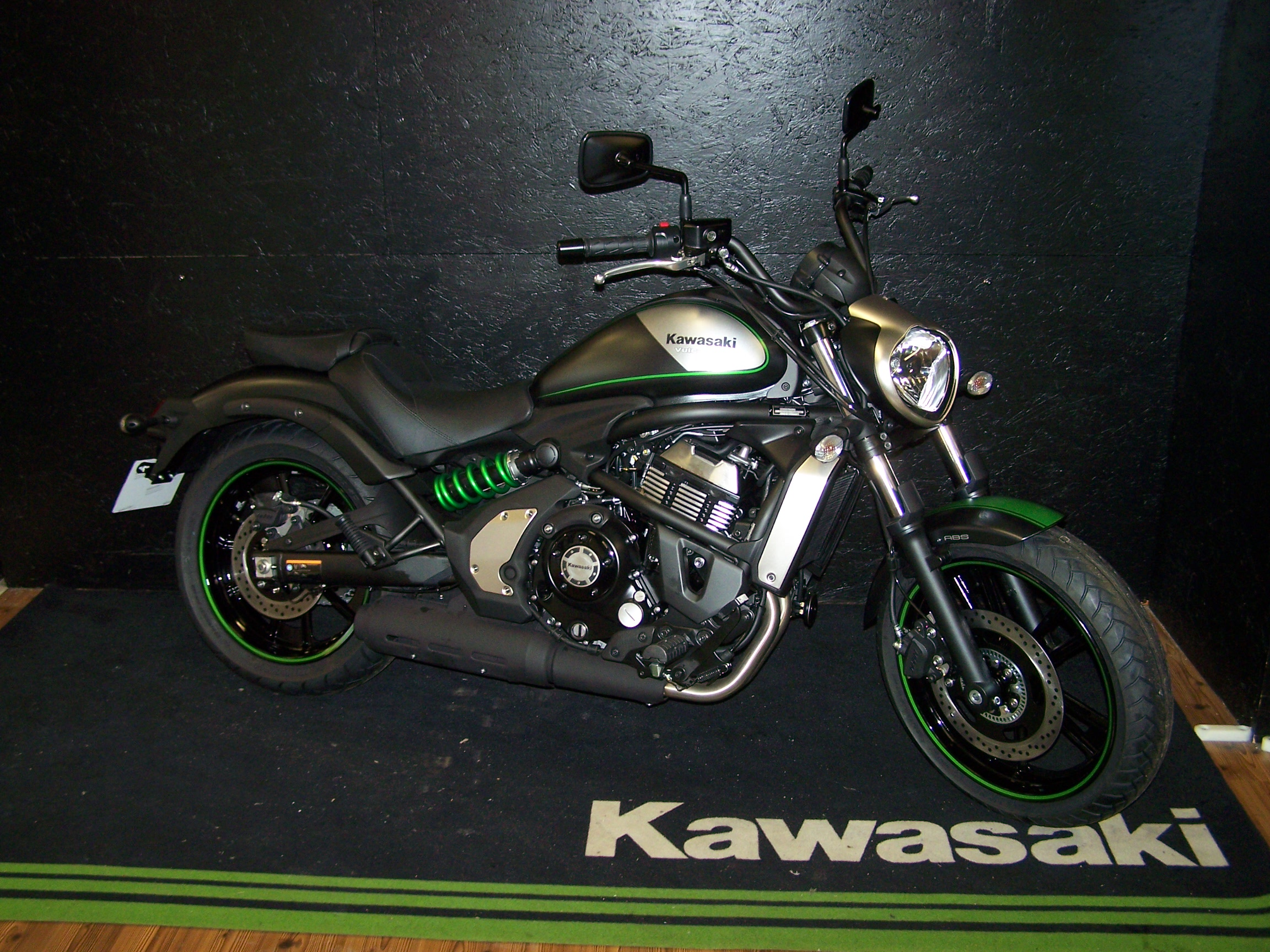 moto kawasaki vulcan s occasion. Black Bedroom Furniture Sets. Home Design Ideas